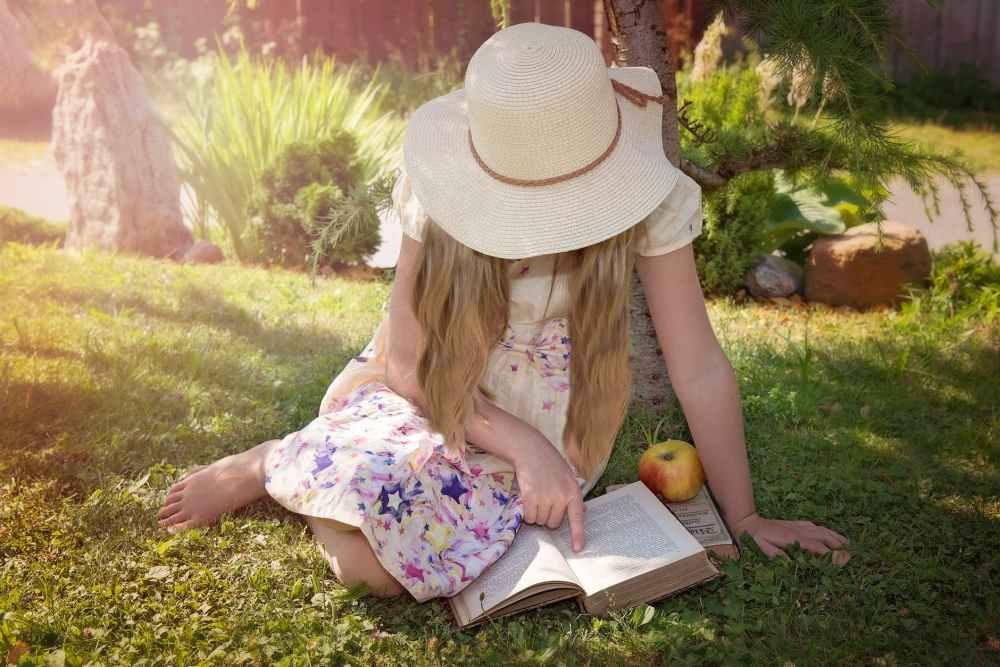 apple book break child
